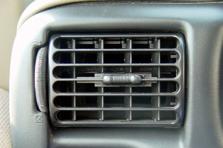 St Pete Auto Air Conditioning Repair